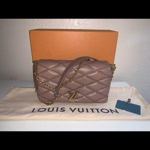 Authentic Louis Vuitton twist mm lambskin rare